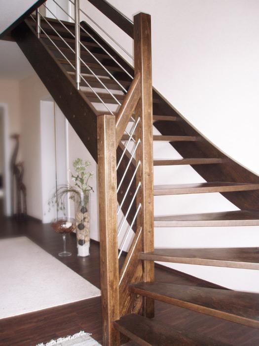 merbau treppenhersteller moderne treppen schody. Black Bedroom Furniture Sets. Home Design Ideas